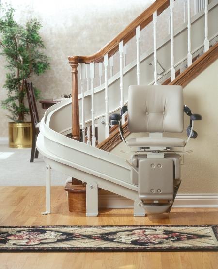 Movilidad sin l mites salva escaleras for Sillas para subir y bajar escaleras